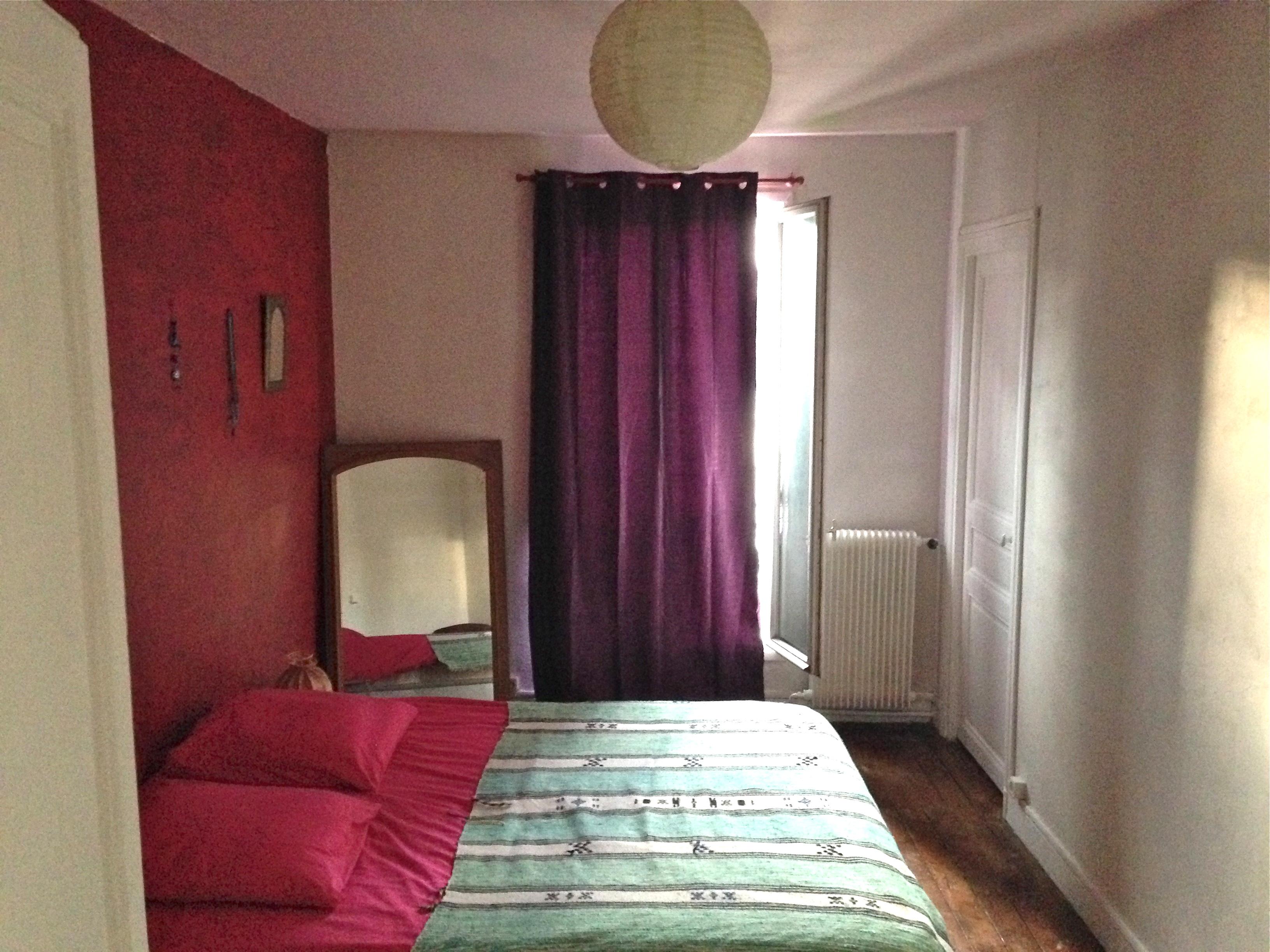 loue chambre d 39 h te courte dur e paris. Black Bedroom Furniture Sets. Home Design Ideas